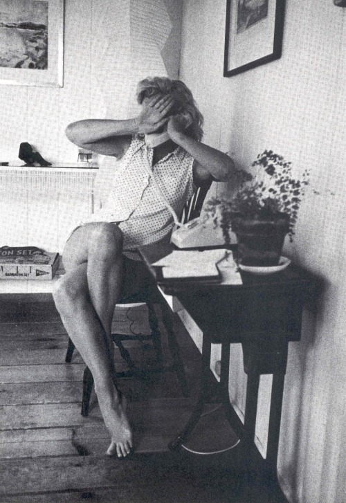 #Marilynettes ~ Talk to the hand because I'm on the phone. [1957 by Sam Shaw in Miller and Monroe's home in Amagansett NY]