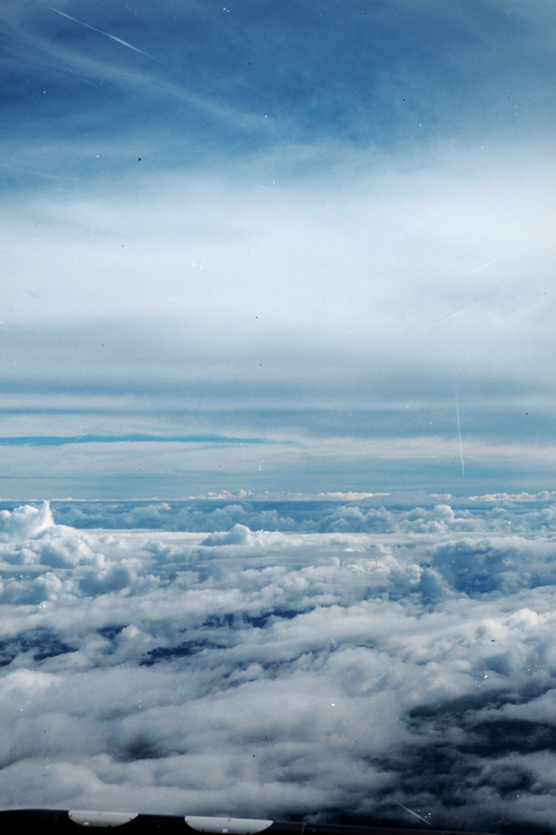 dakotagordon:  I took this on the plane coming back from Queensland. Whatever.