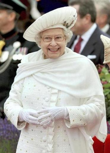 EDITORIAL Queen Elizabeth's Diamond Jubilee connects Britons  The monarchy doesn't make much sense to American eyes - and maybe even some British ones - but it serves its purpose well.  (REUTERS)