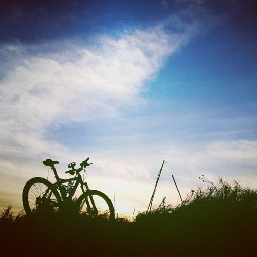 Rehat Sejenak // Take a Break 🚲🌾🍃 #bali #sunset #sky #landscape #iphonesia #iphoneonly #igers #ig_nesia #photooftheday #instanfollow #artisick #instanusantara #ibalinesia #webstagram (Taken with Instagram at Bali)