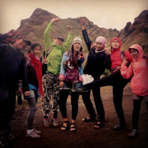 This! I miss! #group #hikers #mountains #mountaineer #climb #friends #igersmanila #instagram #fun #freedom #free #sports #instamood #instahub #igersasia #peace #instapic #instadaily #ig #instagood #ignation #igers #groupies (Taken with instagram)