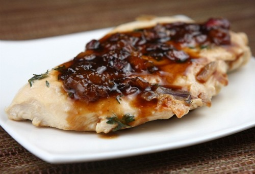 meatatarian:  http://www.recipegirl.com/2007/09/08/apricot-balsamic-chicken/