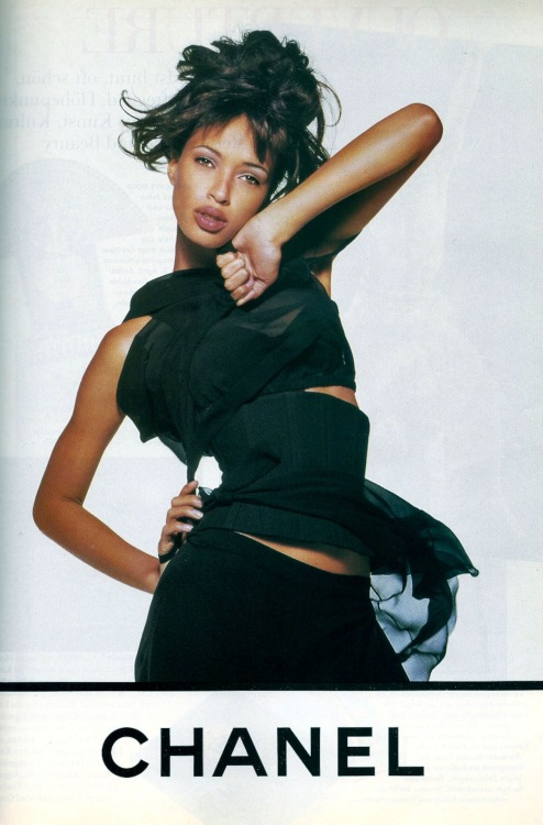 80s-90s-supermodels:  Chanel, circa 1994Model : Brandi Quinones ( requested by blackmarkethair )
