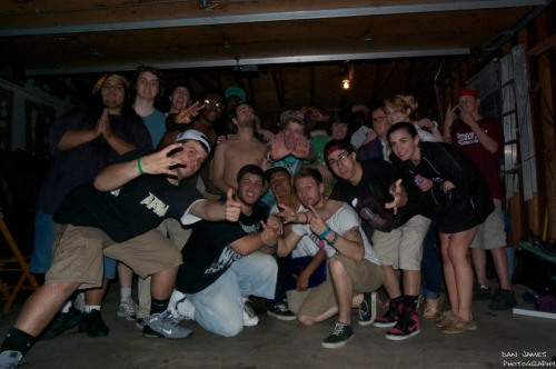 staplekeyboard:  June 3rd Garage Show! Group Photo!  Photo. I'm in here. F yeah!