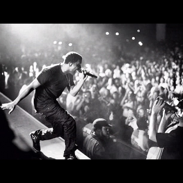 #club #paradise #tour Drizzy #Drake #concert #performance   (Taken with instagram)