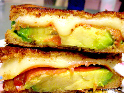 illscarlett:  Avocado Grilled Cheese All you need is avocado, fresh mozzarella and a thin layer of pepperoni.