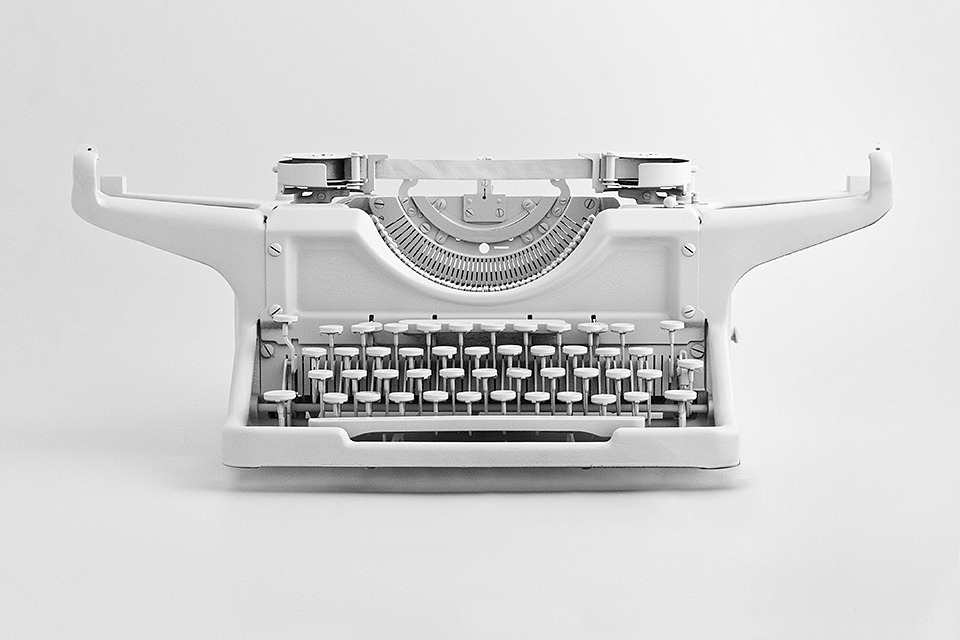brandspirit:  92/100: Underwood  100 objects painted white