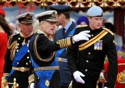 curiousgraffiti:  Prince Charles, The Duke of Edinburgh, and Prince Harry at the Jubilee Flotilla