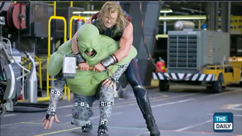thorhead:  I CANT STOP LAUGHING THIS IS HOW THEY FILMED THE HULK/THOR FIGHT SCENE HELP  I wouldn't be able to keep a straight face if I was doing that.