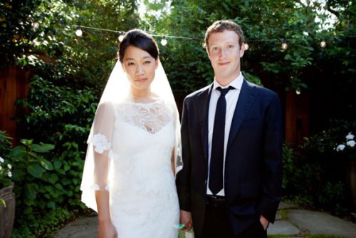 Zuckerberg ties the knot. It's true!