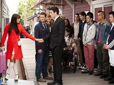 "nomesters:  Glee: The 20 Best Moments of Season 3 BY MICHAEL SLEZAK  1. Finn takes a detour while driving Rachel to their wedding, puts her on a train to NYC, and reveals he's enlisting in the military. (If you cried in the car along with the show's central couple, raise your hand!) (Episode 22, ""Goodbye"")"