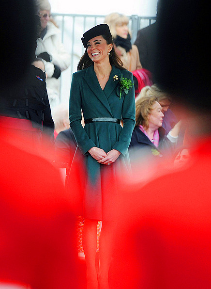 100 Favourite Pictures of the Duchess of Cambridge: 155 (♔)