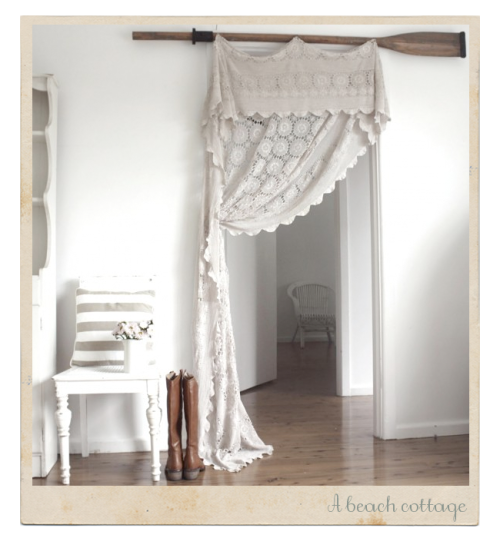 "lace-bones-and-coffee:  (via Cute Idea: Lace Curtain by ""A Beach Cottage"" ♥ Симпатична идея за дантелено перде от ""A Beach Cottage"")"