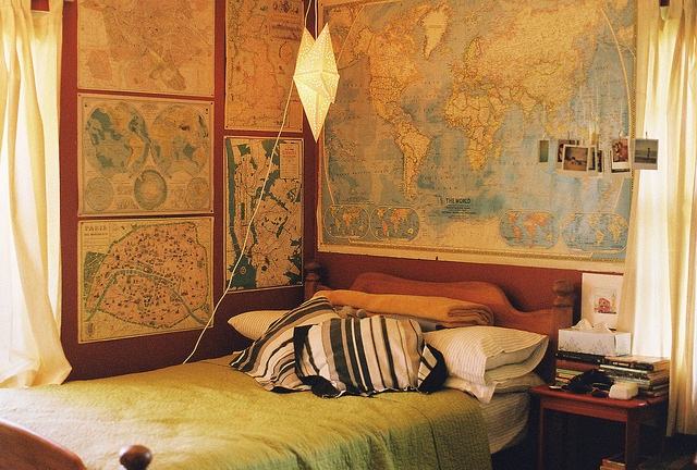 travelingcolors:  Cool bedroom by Sofía Retta