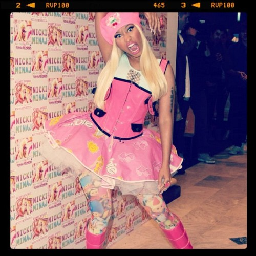 #NickiMinaj #Swag #beautiful #Pink #awesome  (Taken with instagram)