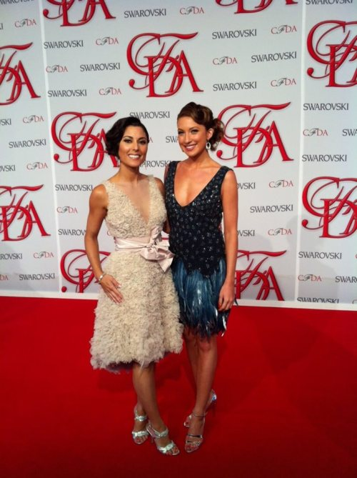 The beautiful Amy Stran and Courtney Cason on the Red Carpet at the CFDA Awards last night. They're decked out in Dennis Basso gowns, Judith Ripka jewels, and Manolo's. Stunning!