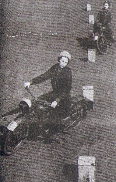 Who is that? The princess Elizabeth (yes, now Queen) riding a motorcycle in a 1941 issue of The Motor Cycle magazine. The Queen is a motolady!