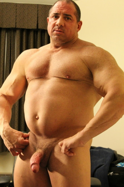 fuckyeahdaddies:  From Fuck Yeah Daddies!  daddy