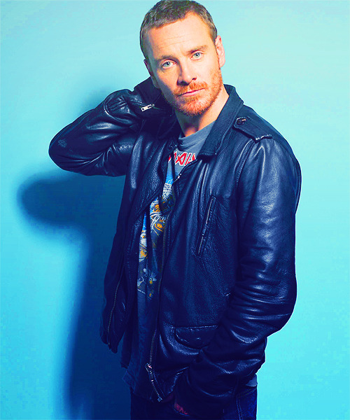 46/100 pictures of Michael Fassbender (⊗)