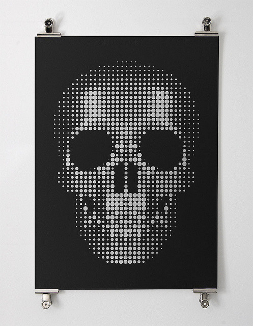 oxane:  Skull by matthbooth  Limited run of screen prints available soon.