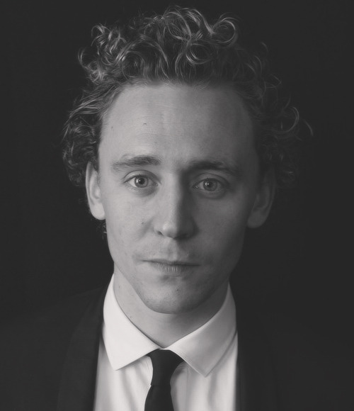 → 51/100 pictures of Thomas William Hiddleston