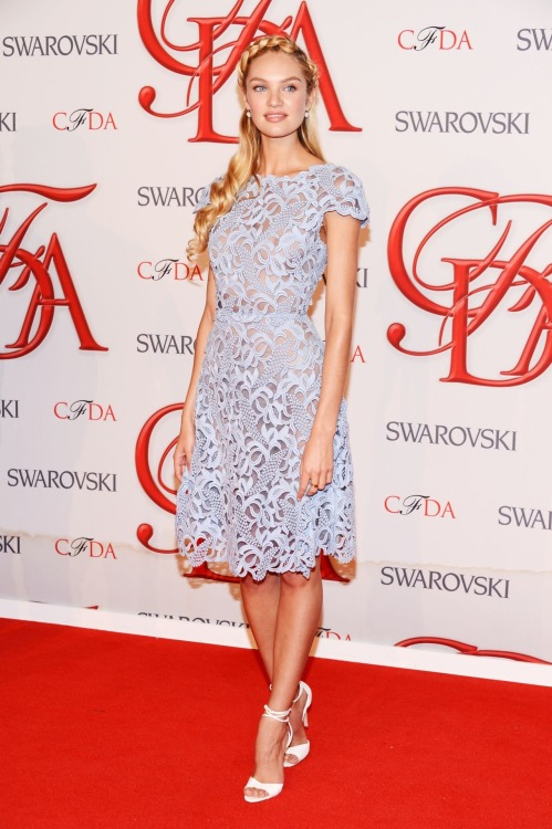 suicideblonde:  Candice Swanepoel (in Valentino) at the CFDA Awards in NYC, June 4th
