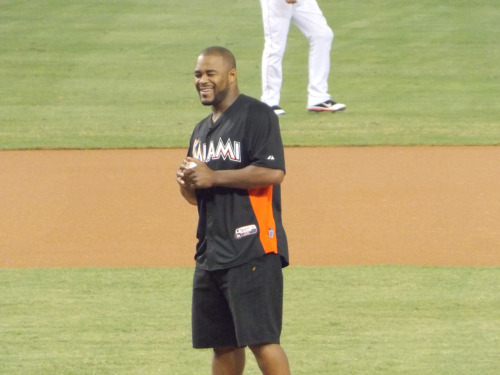Mixed martial artist, Rashad Evans, threw out the first pitch on Tuesday.