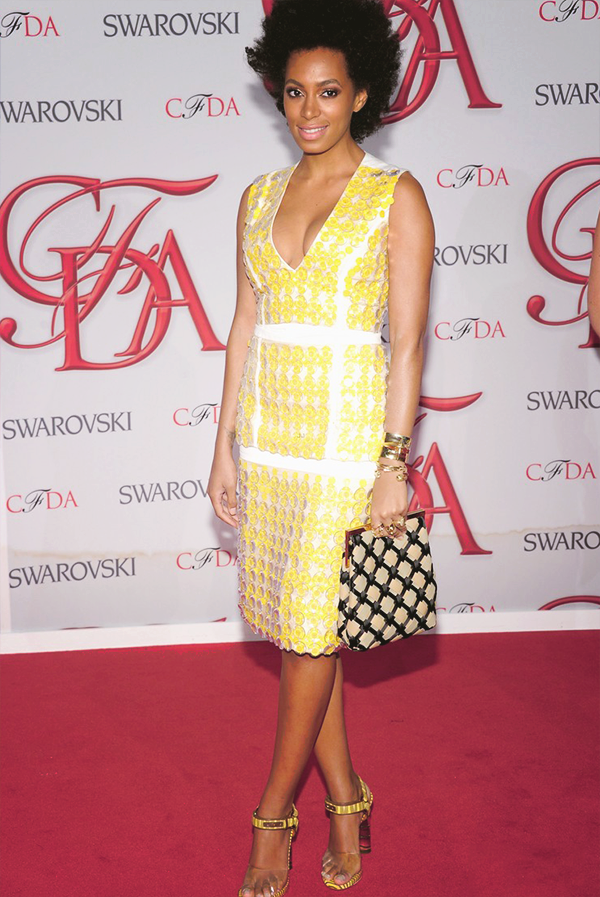 effyeahsol-angel:  2012 CFDA Fashion Awards  Werk that tan gurl