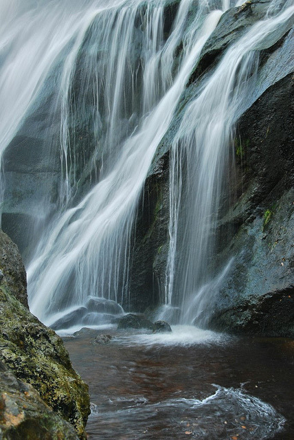 sapphire1707:  Ireland by Fay Kleine on Flickr.