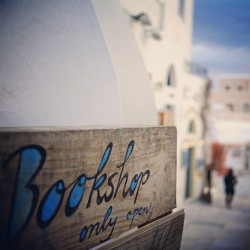 #oia  #santorini  #greece  #socialtravel  #clubsocial  #book #store only open today!!! #followme  #instagramhub  #instamood  #bestagram  (Taken with instagram)