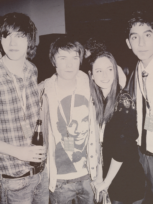 62/100 pictures of Skins cast
