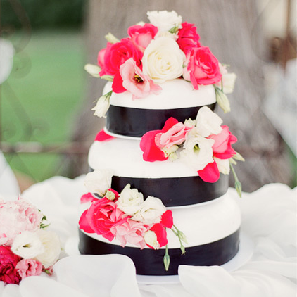 magenta and cream wedding cake