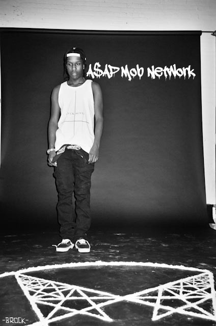 mumb0ls:  The A$AP MOB NETWORK is a network for people who have blogs full of Graffiti, Urban, Fashion, Skate, Soft Grunge and just all around trill shit.  Must be following Owner Me & Co-Owner Him Reblog only 5 times MAX! Likes will be ignored & you will not be considered to be in the network. We will be choosing in about a week or when the notes die down.
