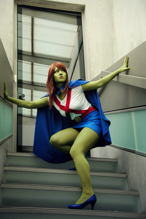 YJ: Miss Martian V by *Aigue-Marine