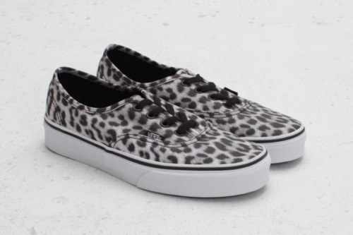 "Vans Authentic ""Leopard"" Pack"