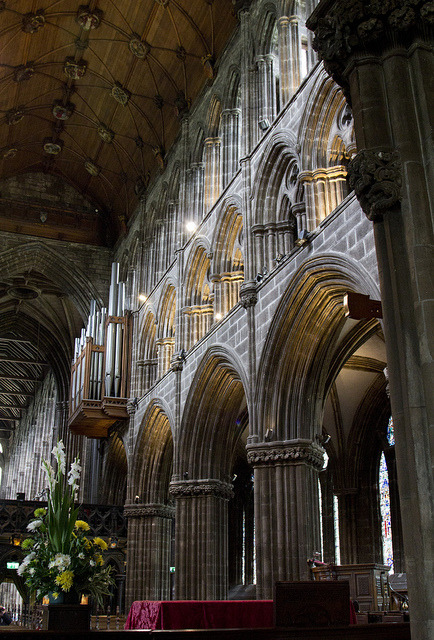 medievallove:  Chancel Arcade by Lawrence OP on Flickr.