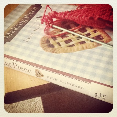 Yarn Along:: Making Pies
