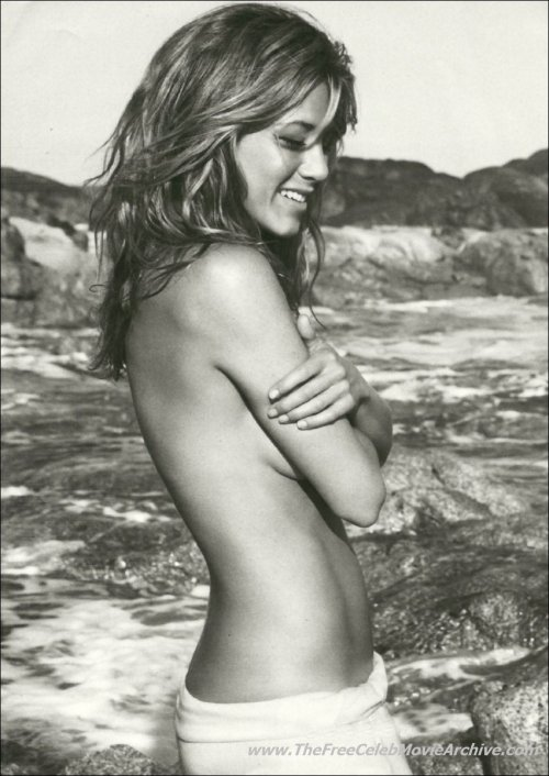 Jennifer Aniston topless and sexy shotsfree nude picturesLink to photo & video: bit.ly/Jlyp1L