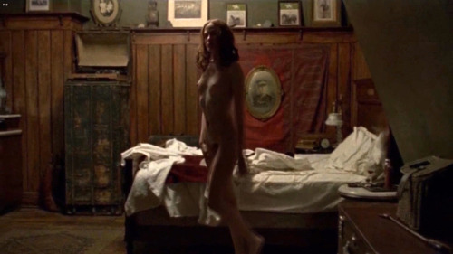 Evan Rachel Wood fully frontal mildred piercefree nude picturesLink to photo & video: bit.ly/JgVaJj
