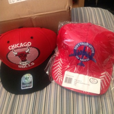 New Snapbacks #chicago #bulls #red #black #blue #flysociety #fly #society #hat #snapback #47brand #swag #fashion #cool #fresh #headgear #photography #illustration #graphic #picture #drawing #lol #entertainment (Taken with instagram)