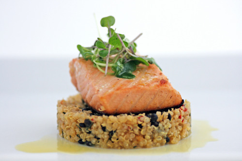 ilufood:  Citrus Salmon with quinoa pilaf