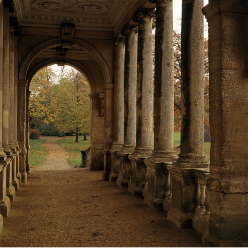 a-l-ancien-regime:  Stowe Landscape Gardens Inside the Palladian bridge at Stowe Landscape Gardens, completed in 1738 City: Buckingham  County: Buckinghamshire  Country: England