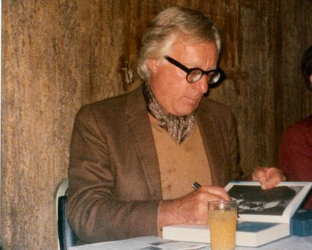 arstechnica:  Science fiction author Ray Bradbury dead at 91.