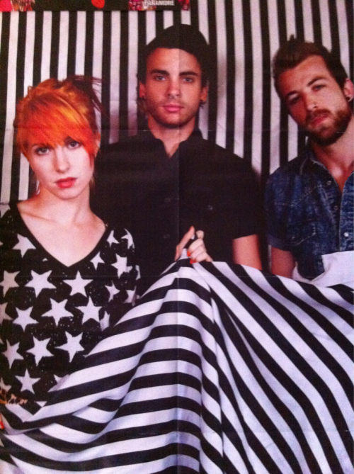 yelyahwilliams:  istillloveparamore:  livituplivit:  iminthe-businessofmisery:  First, I'd like to congratulate kerrang for saying a Paramore poster and it being actually of Paramore, not just Hayley, and thank you because it's perfect!  omg, wait. i havent seen this photo before  good job kerrang!  Rad - this Lindsey Byrnes photo is a massive poster in the current issue of Kerrang!