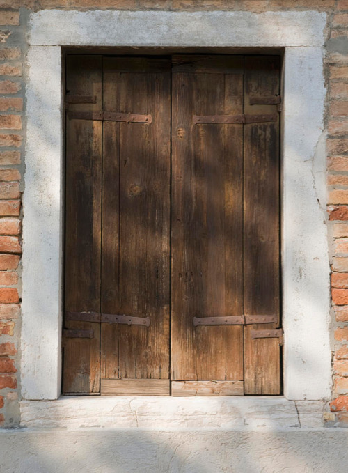 Rustic Wooden Door. By Andersen Ross