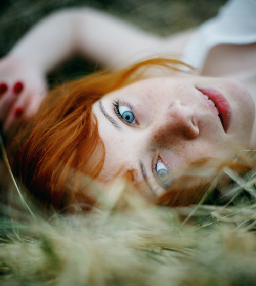 for-redheads:  Red by Stasia Zubkova