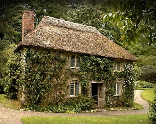 luthienthye:  Cornish Cottage…