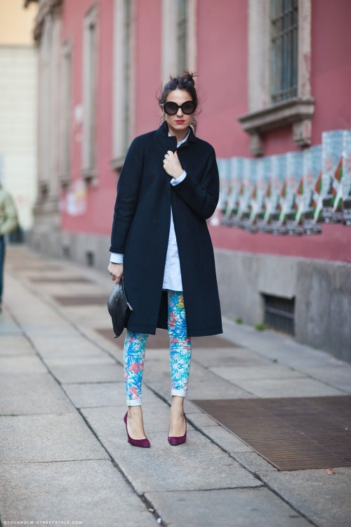 Tropical pants are the perfect way to punch up a cold-weather outfit. Image via Stockholm Streetstyle.