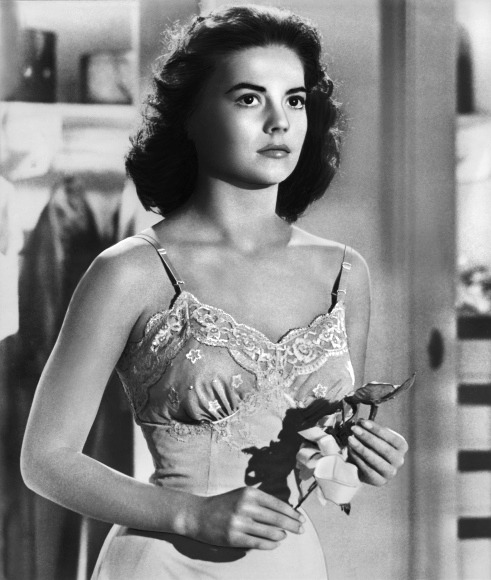 "ilovenataliewood:  Natalie in ""Marjorie Morningstar"" (1958)."