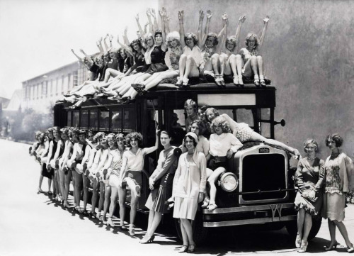 Busload of chorus girls and dancers at Warner Brothers. Studios, 1929
